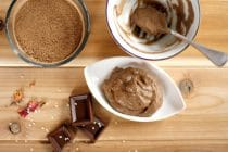 Maschera al Cacao fai da te – purificante e illuminante
