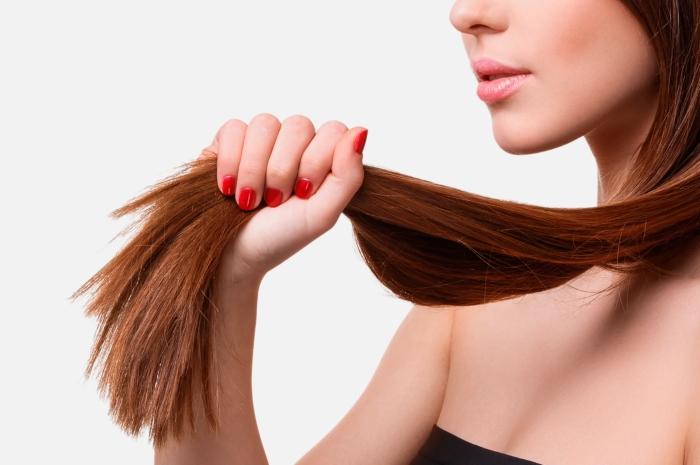 effetto crespo e doppie punte capelli sfibrati