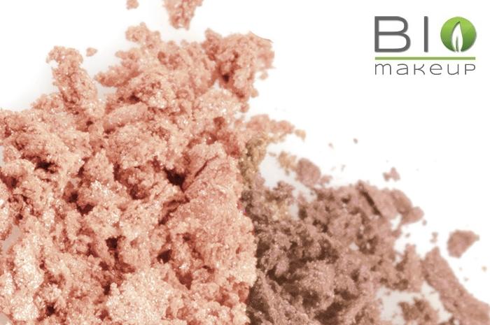 come applicare il fondotinta minerale sulla pelle secca