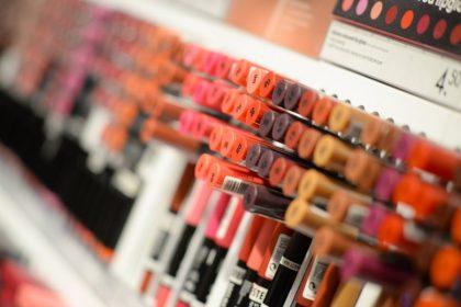 Metalli pesanti nei cosmetici: ecco le 3 marche sequestrate in Italia