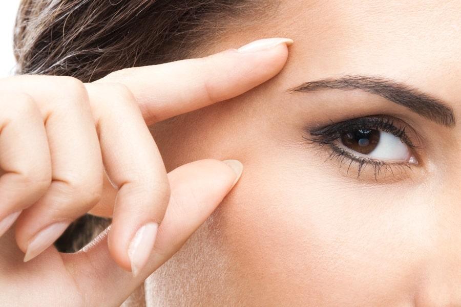 Contorno occhi Acido Ialuronico BIO: ecco 3 prodotti TOP!
