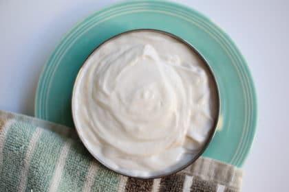 Crema viso fai da te facile, per tutti i tipi di pelle!